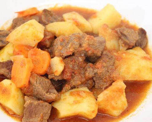 Estofado de ternera con patatas en Olla GM | Ollas GM